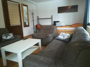 Ein Sitzbereich in der Unterkunft Haus Mitterfeld