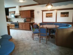 Küche/Küchenzeile in der Unterkunft Haus Mitterfeld