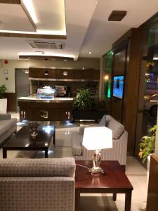 منطقة الاستقبال أو اللوبي في ديباج للأجنحة الفندقية 2
