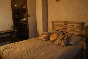 A bed or beds in a room at cool la source