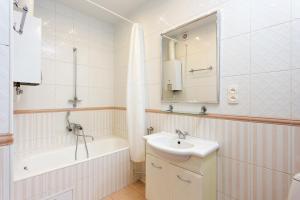 Ванная комната в GorodRek near Kazan Cathedral