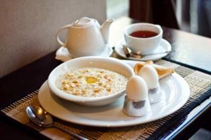 """Завтрак для гостей Hotel """"Otel flowerS"""""""