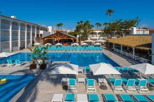 The swimming pool at or near Hotel Playasol Cala Tarida