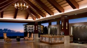 The lobby or reception area at Koloa Landing Resort at Po'ipu, Autograph Collection