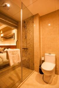 A bathroom at Maixinge Boutique Hotel Chuansha Branch