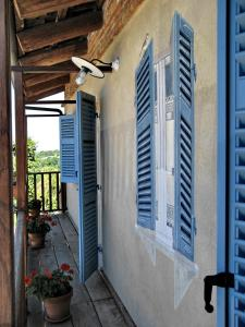 A balcony or terrace at Agriturismo Cascina Ponchietta