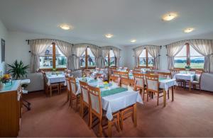 Restaurace v ubytování Penzion Mara - Pivný Wellness