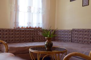 A seating area at Minaret's View ζηστε στην αυρα της παλιας πολης