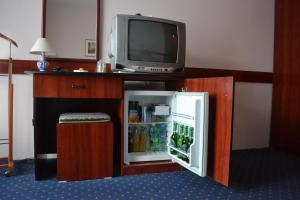 A television and/or entertainment center at Hotel Mimoza