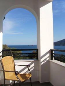A balcony or terrace at Island View Villa
