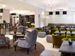 The lounge or bar area at Mercure Arbat Moscow