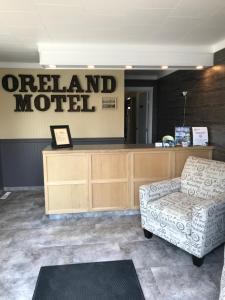 The lobby or reception area at Oreland Motel