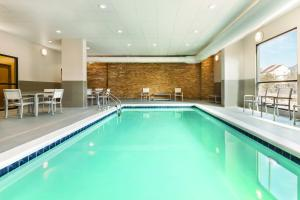 The swimming pool at or near Country Inn & Suites by Radisson Ocean City