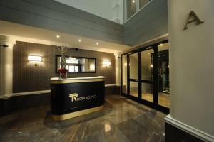 The lobby or reception area at Trianon Borgo Pio Aparthotel