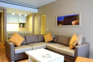 A seating area at Saifi Suites