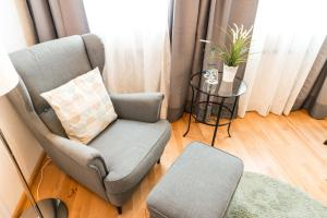 A seating area at Flair Hotel Vier Jahreszeiten
