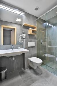 A bathroom at Villa Ozone