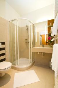 A bathroom at Lava Inn