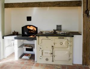 Ett kök eller pentry på Vildrosor & Höns