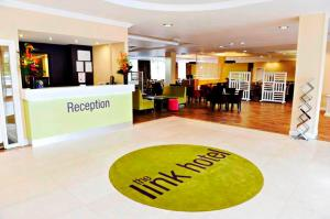 The lobby or reception area at Link Hotel