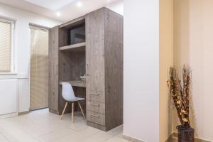 A bathroom at Greekprom Apartments