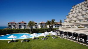 A view of the pool at Melia Sitges or nearby