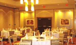 A restaurant or other place to eat at Embassy Suites Atlanta - Kennesaw Town Center