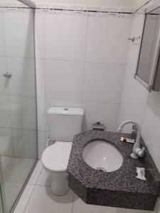 A bathroom at Hotel Danubio