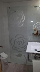 A bathroom at Rosabel