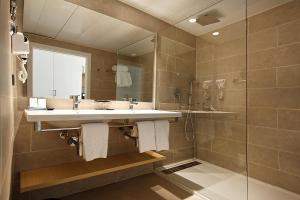 Een badkamer bij Hotel Caballero