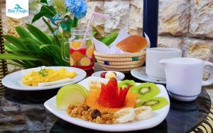 Opciones de desayuno disponibles en Hostal Blue Pacific