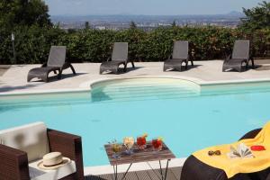 The swimming pool at or near Hotel & Spa Villa Mercede