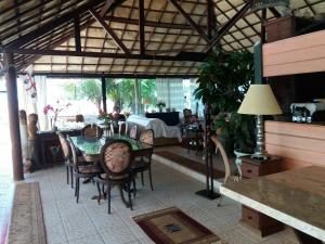 Um restaurante ou outro lugar para comer em Pousada Cultural Canto dos Poetas