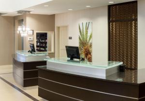 The lobby or reception area at Residence Inn by Marriott Fort Lauderdale Airport & Cruise Port