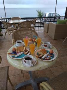 Επιλογές πρωινού για τους επισκέπτες του ASIMENIA STUDIOS