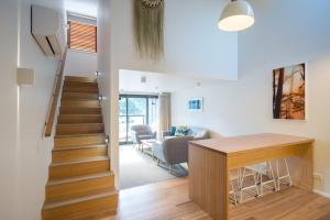 The lobby or reception area at Kaiteriteri Reserve Apartments