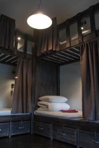 A bathroom at Riverside Hostel & Tours