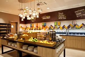 A restaurant or other place to eat at Hampton By Hilton Dortmund Phoenix See