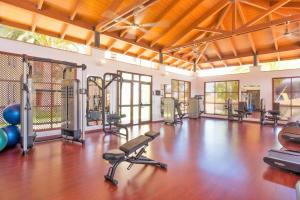 The fitness center and/or fitness facilities at Iberostar Selection Anthelia