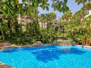 Poolen vid eller i närheten av Hotel Bon Sol Resort & Spa