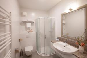 A bathroom at Hotel Jezero