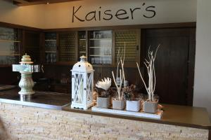 The lobby or reception area at Kaiser´s Weinland Hotel