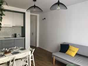 A seating area at Le pénéquet : L'appartement du vieux port ☺