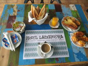 Breakfast options available to guests at Hotel Langosteira