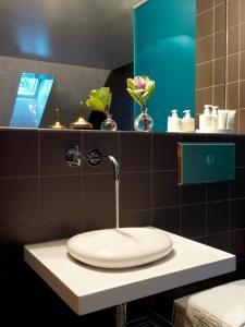 A bathroom at Hotel Skeppsholmen, a Member of Design Hotels™