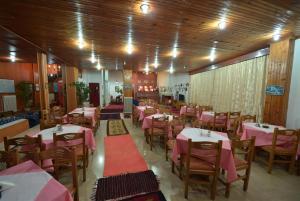 Εστιατόριο ή άλλο μέρος για φαγητό στο Ολυμπιακή Δάδα
