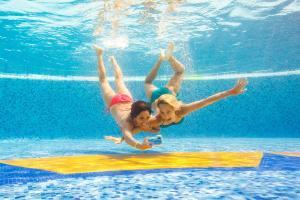 Het zwembad bij of vlak bij Catalonia Royal Tulum Beach & Spa Resort Adults Only - All Inclusive