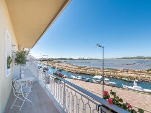 A balcony or terrace at AQUAMADRE Suites