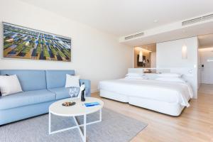 Cama o camas de una habitación en Palmares Beach House Hotel - Adults Only