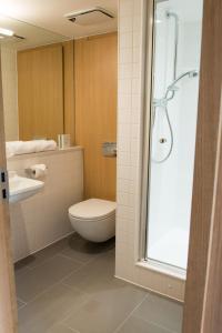 A bathroom at West Court- Jesus College